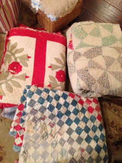 Mobile old quilts